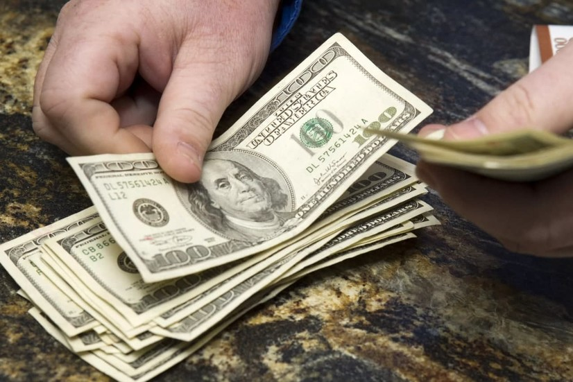 Ўзбекистонда доллар курси кўтарилишда давом этмоқда