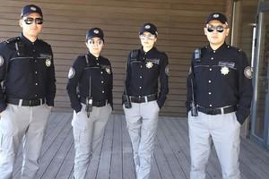 O'zbekistonda turizm politsiyasi xodimlari yangi formaga ega bo'ldi (foto)