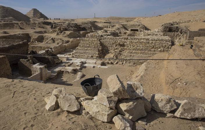 Мисрда археологлар уч минг йиллик шаҳарни топди