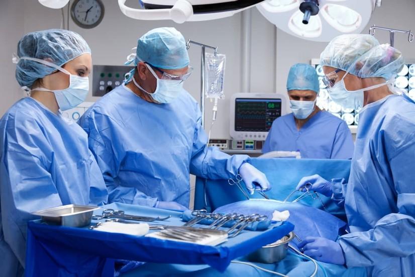 Инсон аъзолари ва тўқималари трансплантацияси бўйича илмий лаборатория ташкил этилади