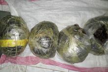 Афғонистон фуқароси Сурхондарёда 20 кг дан зиёдроқ опийни сотаётган вақтда қўлга олинди