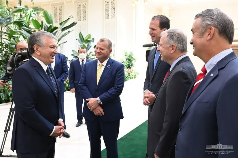 Ўзбекистон Президенти АҚШ конгрессменлари билан амалий ҳамкорликни кенгайтириш йўлларини муҳокама қилди
