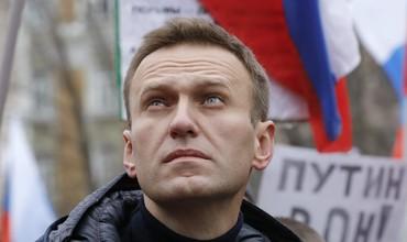 Трамп, Макрон ва Меркел Навалнийнинг заҳарланишига муносабат билдирди