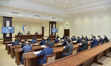 Молия вазири Сенатда давлат бюджетининг ижроси юзасидан ахборот берди