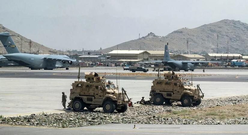 НАТОнинг Афғонистондаги миссияси якунланди — ташкилот Бош котиби