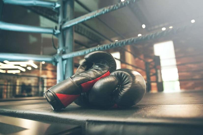 Тошкентда бўлиб ўтадиган профессионал бокс кечасида кимлар жанг қилади? Тўлиқ жадвал