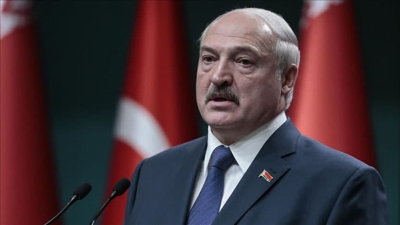 Лукашенко Польшага ишлашга кетаётган шифокорларни Беларусга қайтиб киритмасликни буюрди