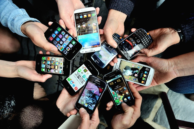 Ўзбекистонга энг кўп қайси давлатлардан мобил телефонлар импорт қилинган?