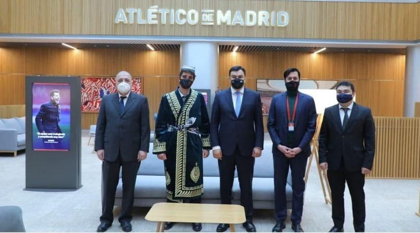 «Атлетико» клуби Ўзбекистонда футбол академияси очиш таклифини билдирди
