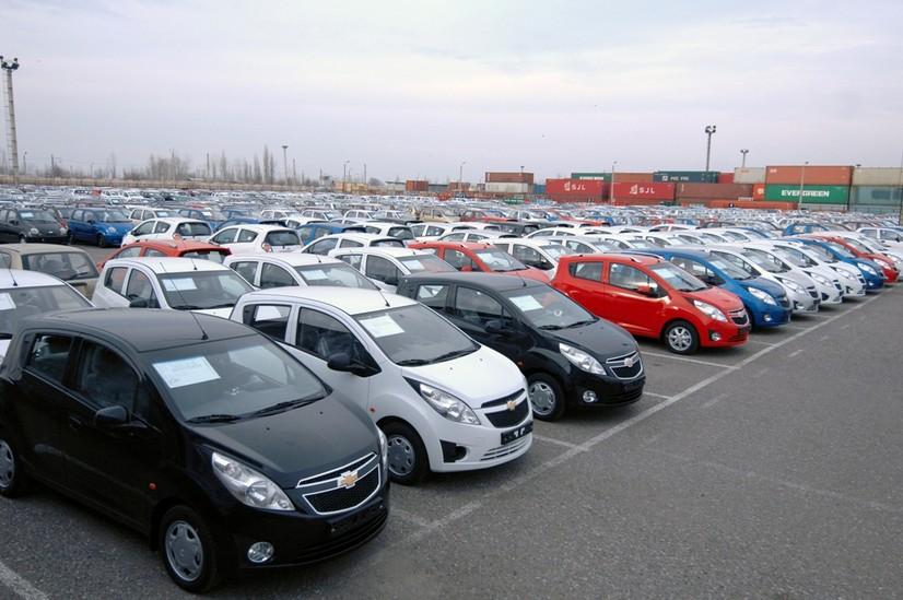 2020 йилда Ўзбекистон экспортдан 2 баравар кўп миқдорда автомобиль импорт қилди