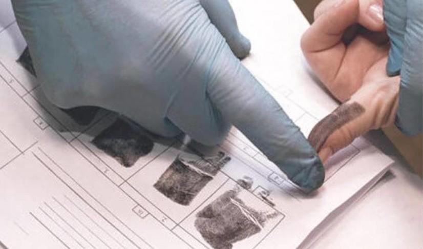 Россияда мигрантларга махсус чипли пластик карталар тарқатилади