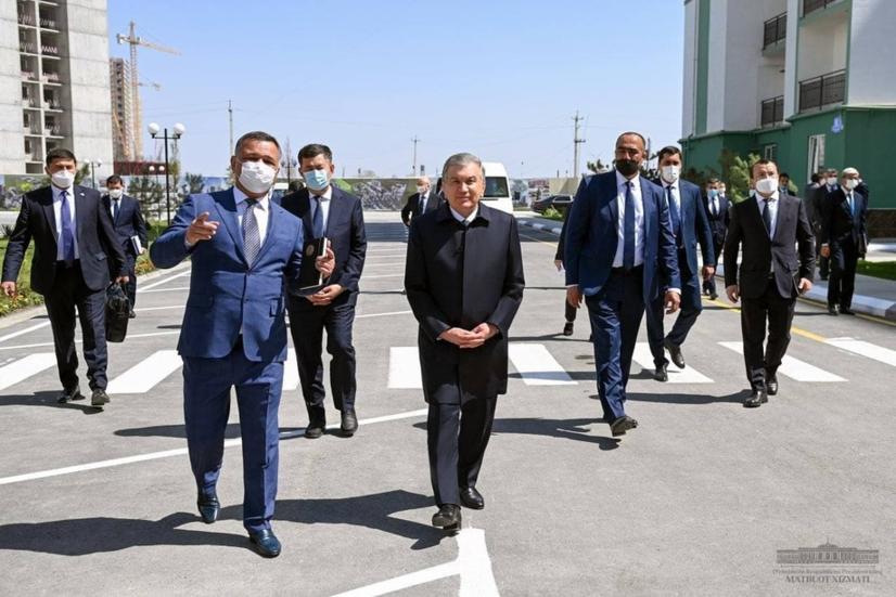 Президент Самарқанд ичидаги «шаҳарча»га ташриф буюрди