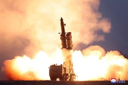 Шимолий Корея Япония томонга баллестик ракетасини учирди