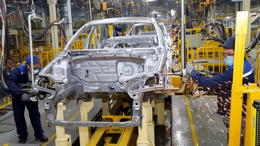 «UzAuto Motors» янги автомобиль моделларини ишлаб чиқаради. Асакадаги заводга 500га яқин хорижий мутахассислар жалб қилинди