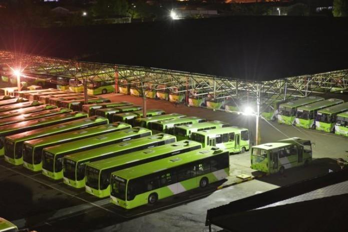 Тошкентда энг кўп йўловчи ташиладиган автобус йўналишлари маълум қилинди