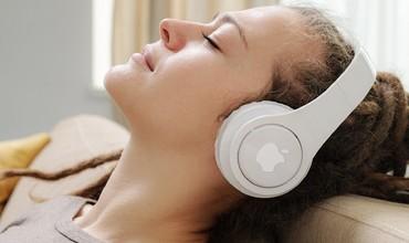 Apple'нинг симсиз ақлли қулоқчини: нарх ва хусусиятлари билан танишинг