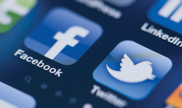 Moskva sudi Twitter hamda Facebook ijtimoiy tarmoqlarini jarimaga tortdi
