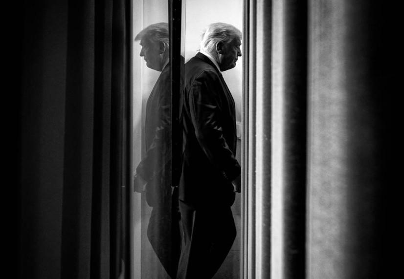 ДоналдТрамп портретига чизгилар