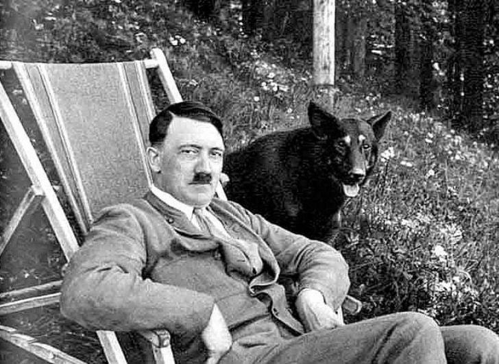 Гитлер Германияда фахрий фуқаро унвонидан маҳрум қилинди