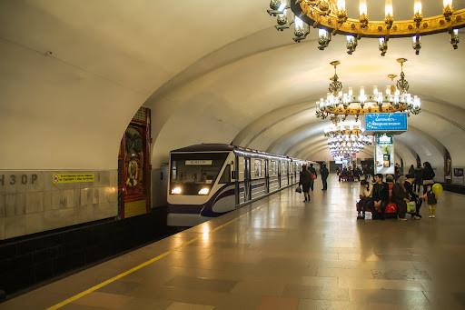 Янги метро поездлари ишга туширилди