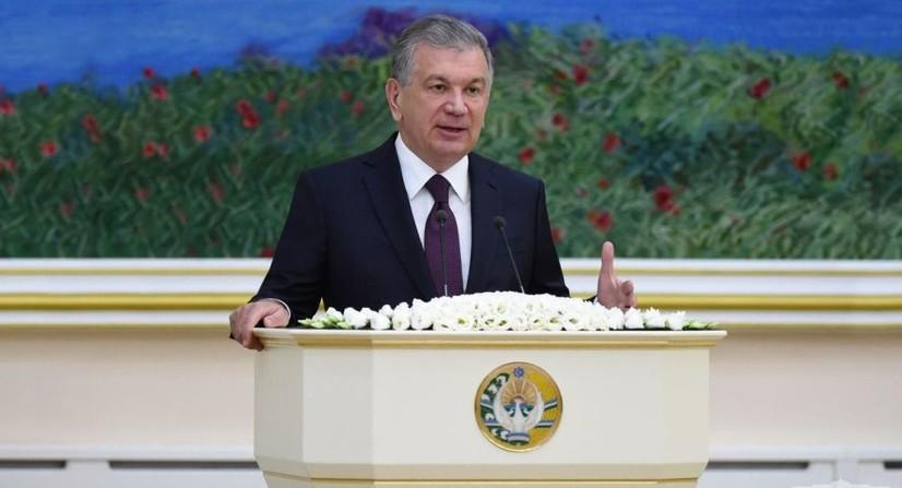 Президент муддатидан олдин солиқ олаётган раҳбарларни танқид қилди