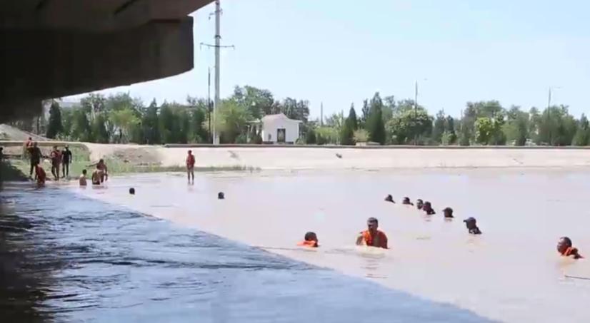 Хоразмдаги «Шовот» каналидан 16 ёшли боланинг жасади топилди