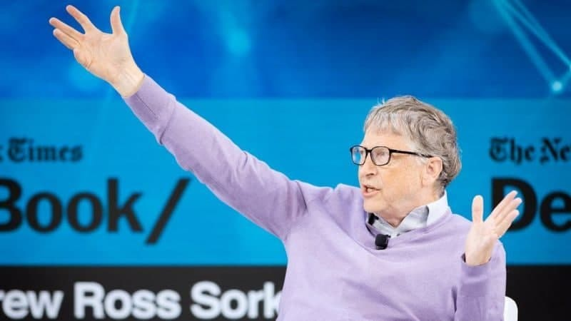 Билл Гейтс инсоният учун янги пандемия хавф солиши мумкинлигини тахмин қилди