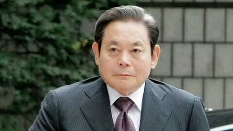 Samsung раҳбари Ли Гонг Ҳи вафот этди