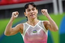 Oksana Chusovitina sakkizinchi marta olimpiadada ishtirok etib, o'z rekordini yana yangilaydi