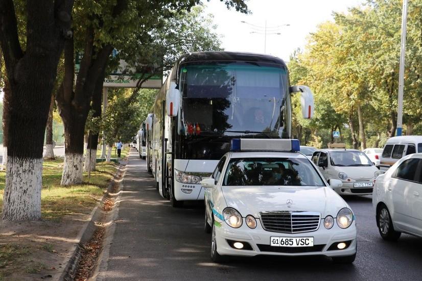 Samaradagi o'zbekistonliklarni olib kelishga 15 ta avtobus yo'lga chiqdi