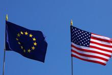 АҚШ Европа иттифоқига қарши янги божларни жорий этди
