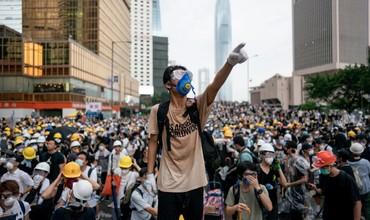 Гонконгда намойишчилар ғалабаси: Хитойга экстрадиция қилиш ҳақидаги қонун қабул қилинмайди