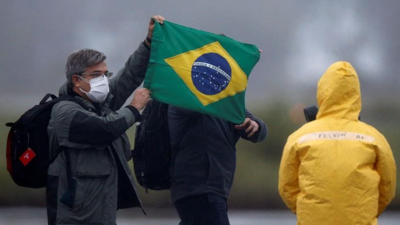 Бразилияда коронавирусга қарши эмлаш вакцина танқислиги сабаб тўхтатилди