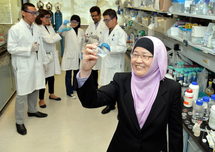 Сингапурда муслима олима беш дақиқада коронавирусни аниқлайдиган тест ишлаб чиқди