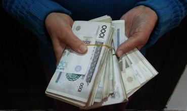 Доллар ишлаб топган бўлсанг – сўм оласан: қонунчиликдаги ўзгаришлар
