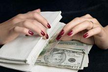 Фарғонада мактабгача таълим бўлими мудири минг доллар билан қўлга тушди