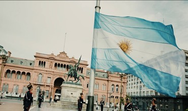 Аргентина ташқи қарз бўйича дефолт деб эълон қилинди