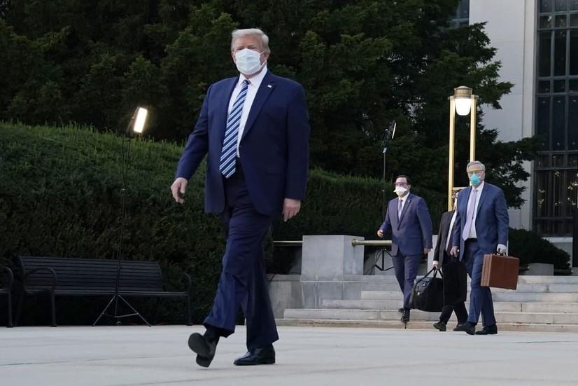 Оқ уй Трампдан кейин яхшилаб дезинфекция қилинади - Politico
