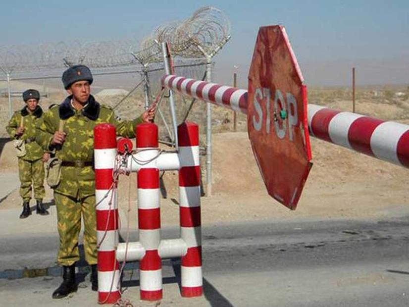 Тожикистон фуқаролардан Қирғизистонга бормасликни сўради