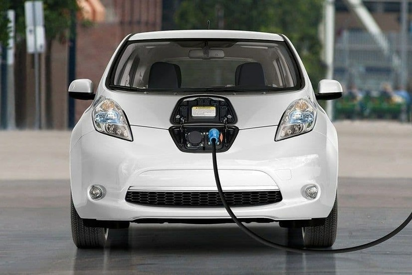Ўзбекистонга икки ойда қанча электромобиль олиб келинди?