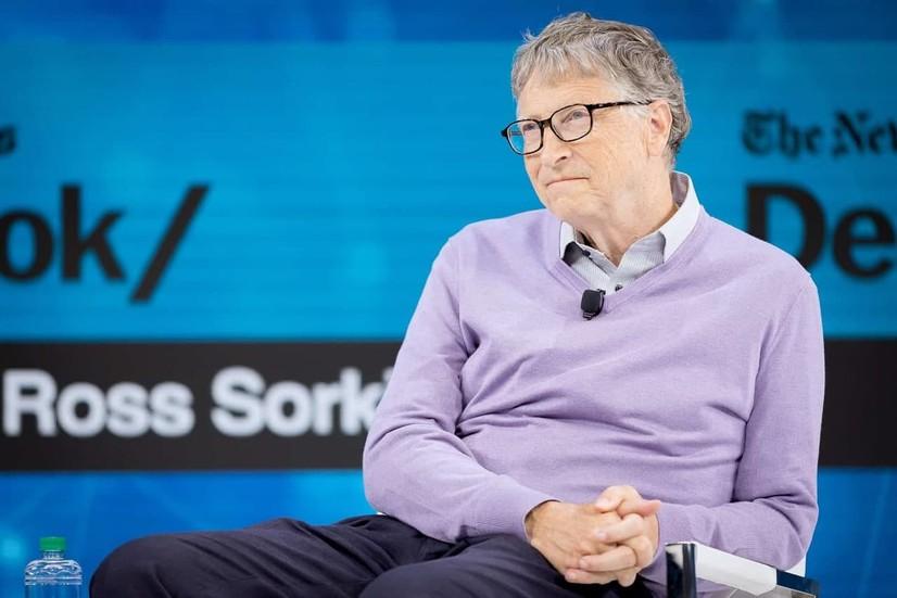 Билл Гейтс пандемияга алоқаси борлиги ҳақидаги гапларга жавоб берди