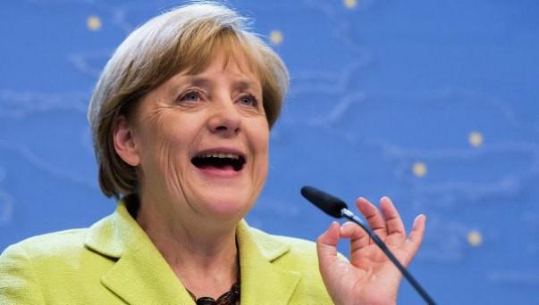 Ангела Меркель партияси бундестаг сайловларида мағлуб бўлди