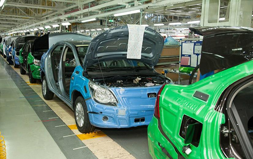 UzAuto Motors камроқ автомобиль сотиб, кўпроқ фойда олаётгани маълум бўлди