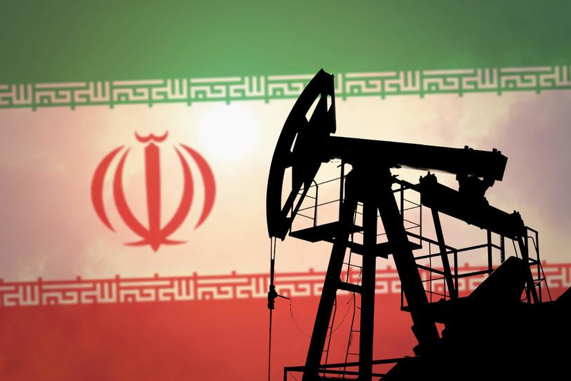 Тарихда биринчи марта Эрондан АҚШга нефть импорт қилинди