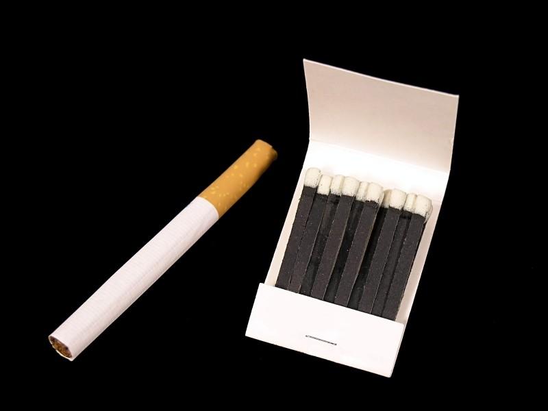 Тошкентда мактабларга яқин жойда сигарет сотилиши кўплиги аниқланди