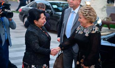 Танзила Норбаева Валентина Матвиенкодан мигрантлар масаласида ёрдам сўради