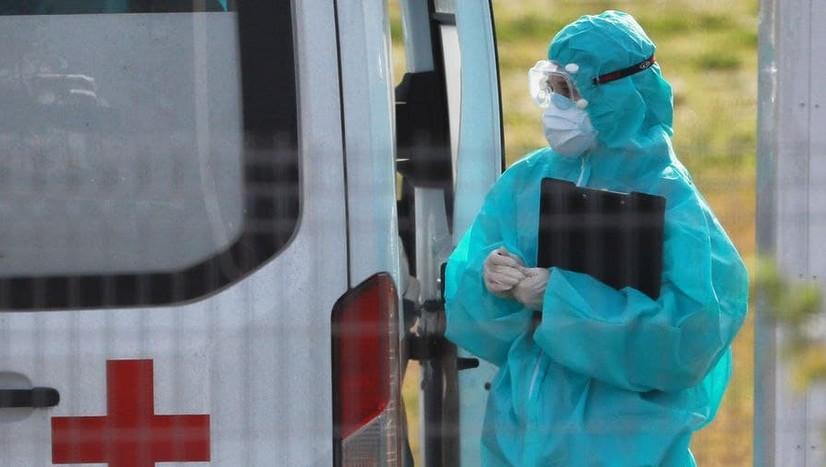 Россияда коронавирусга қарши вакцина билан эмланган беш нафар шифокорда касаллик аниқланди