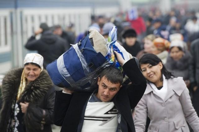 Президент хорижга чиқиб кетган мутахассислар рўйхатини тузишни буюрди
