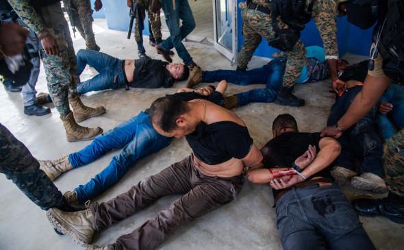Гаити президентини ўлдиришда Колумбия ва АҚШ фуқаролари айбланмоқда