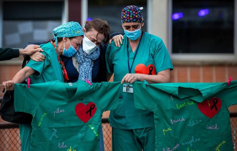 Италияда вакцина олмаган шифокорларни ишдан бўшатиш бошланди